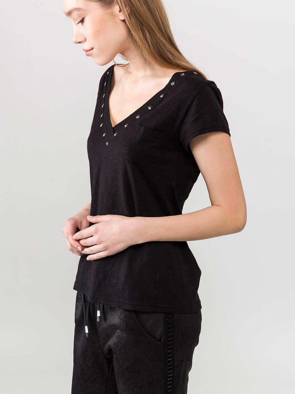סטודיו נועה חולצת בייסיק שחור